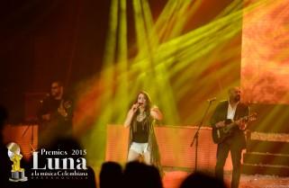 Henya y su laboratorio brillaron en Premios Luna 2015