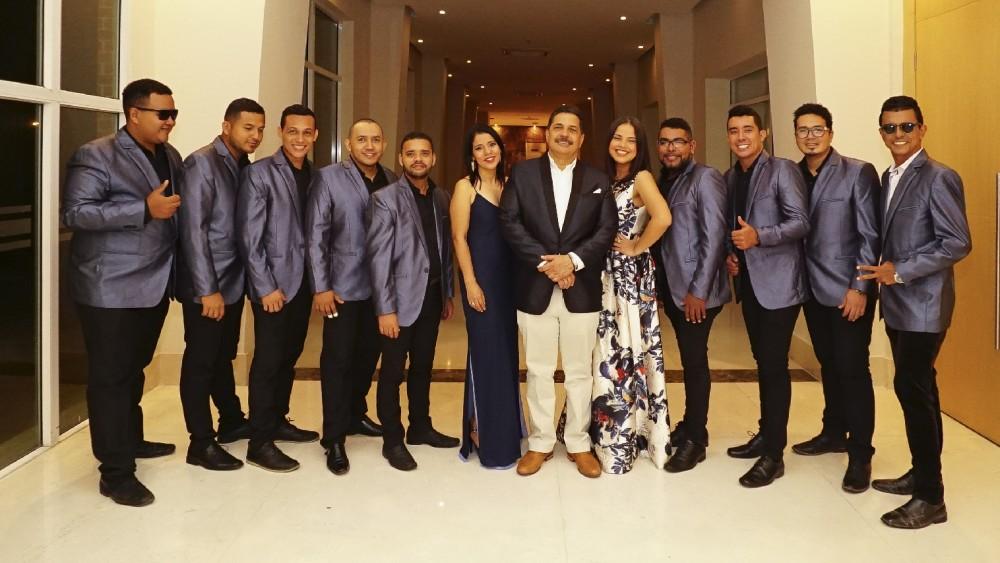 Orquesta Son del Sabor en Premios Luna